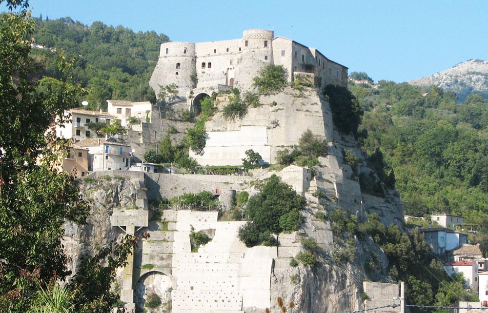 Cerro al Volturno: la Pro Loco attiva il servizio Info Point. Fornite info ai turisti sul territorio.