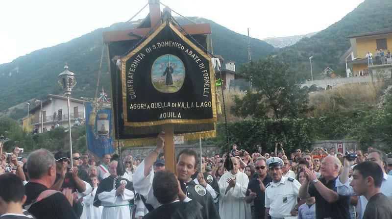 Fornelli: culto di San Domenico Abate, questo pomeriggio la riunione dei sindaci a Villalago con il fuoco della fanoglie.