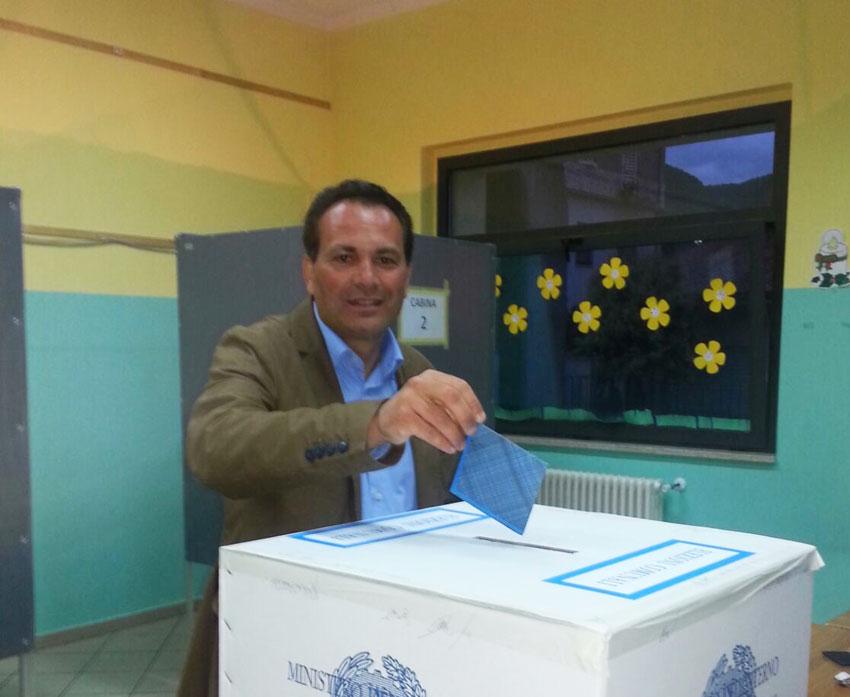 L'Angolo degli auguri: la nostra redazione festeggia quest'oggi Emilio Incollingo, il sindaco di Colli a Volturno.