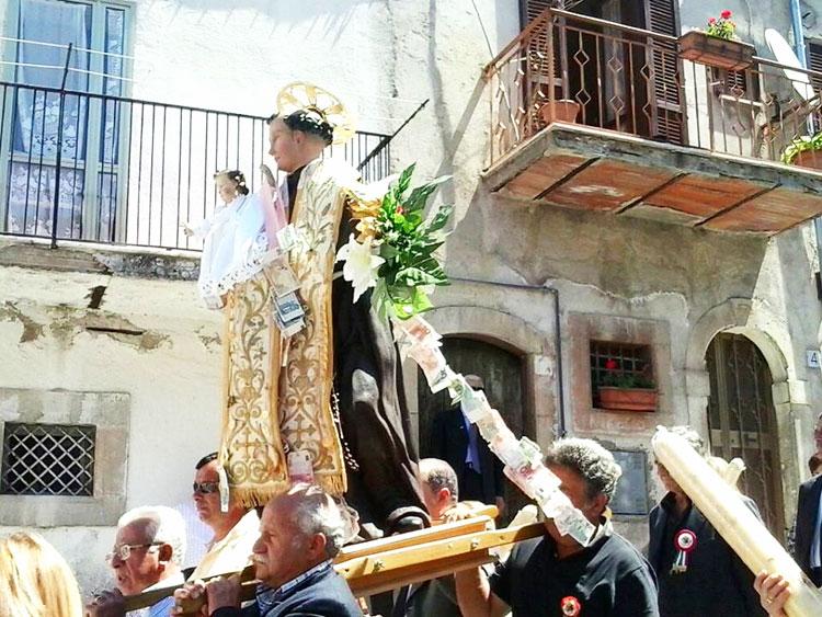 Colli a Volturno: Sant'Antonio da Padova. In paese i solenni festeggiamenti.