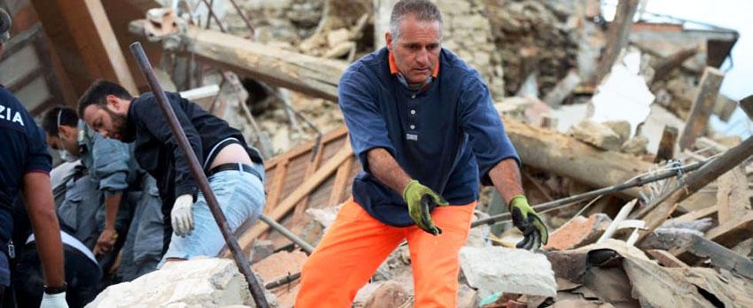 Isernia: il terremoto dimenticato, il Rotary Club di Isernia insieme a tutti i Rotary del Molise a sostegno dei corregionali colpiti dal sisma.