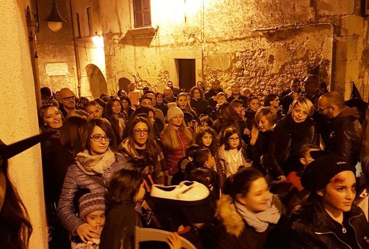 Fornelli: serata al Borgo infestato. Domani sera divertimento nel centro storico di Fornelli.
