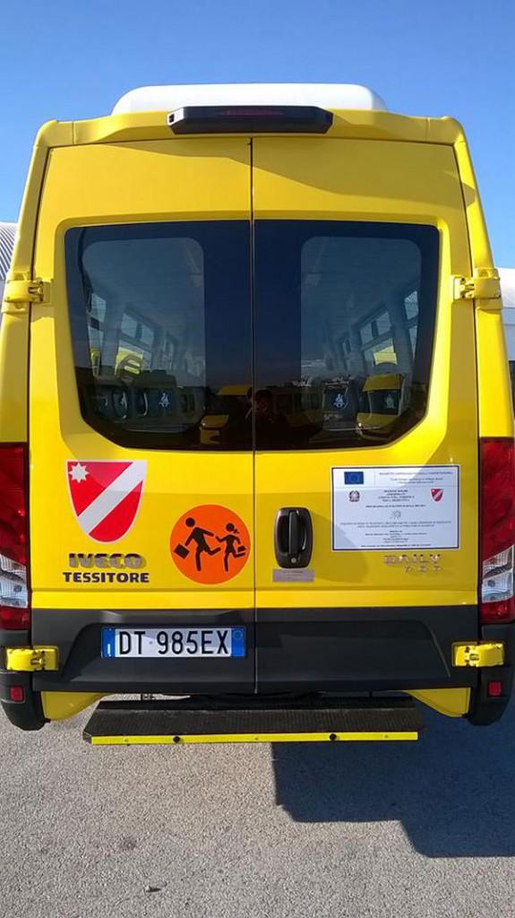 dettagli-scuolabus-cerro