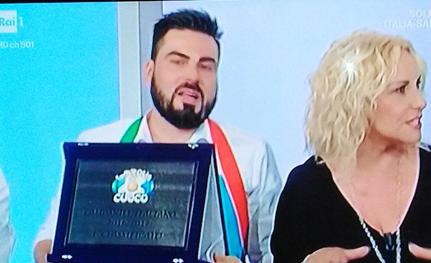 La vittoria di Chef Rufo celebrata dal presidente del Consiglio Regionale Vincenzo Cotugno.