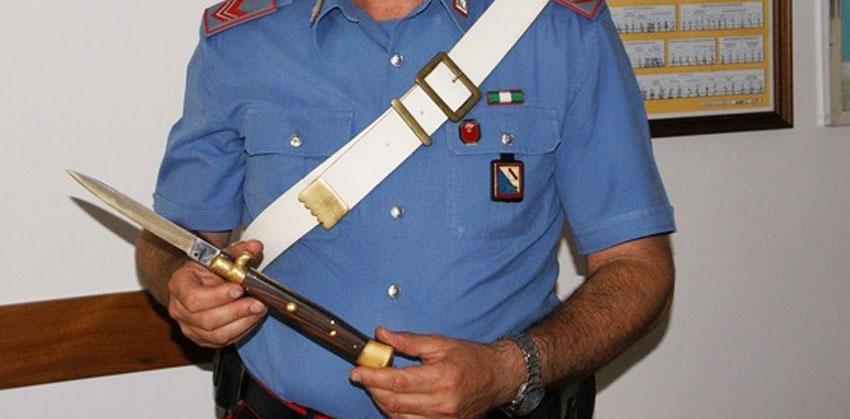 Monteroduni: i Carabinieri fermano 40enne armato di coltello a serramanico. A Pietrabbondante beccati con la droga all'interno del teatro Sannitico.