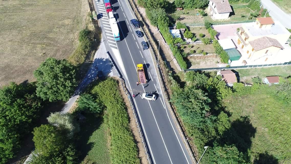 Statale 85 Venafrana: incidente nei pressi della stazione Agip di Macchia d'Isernia. Guarda il video