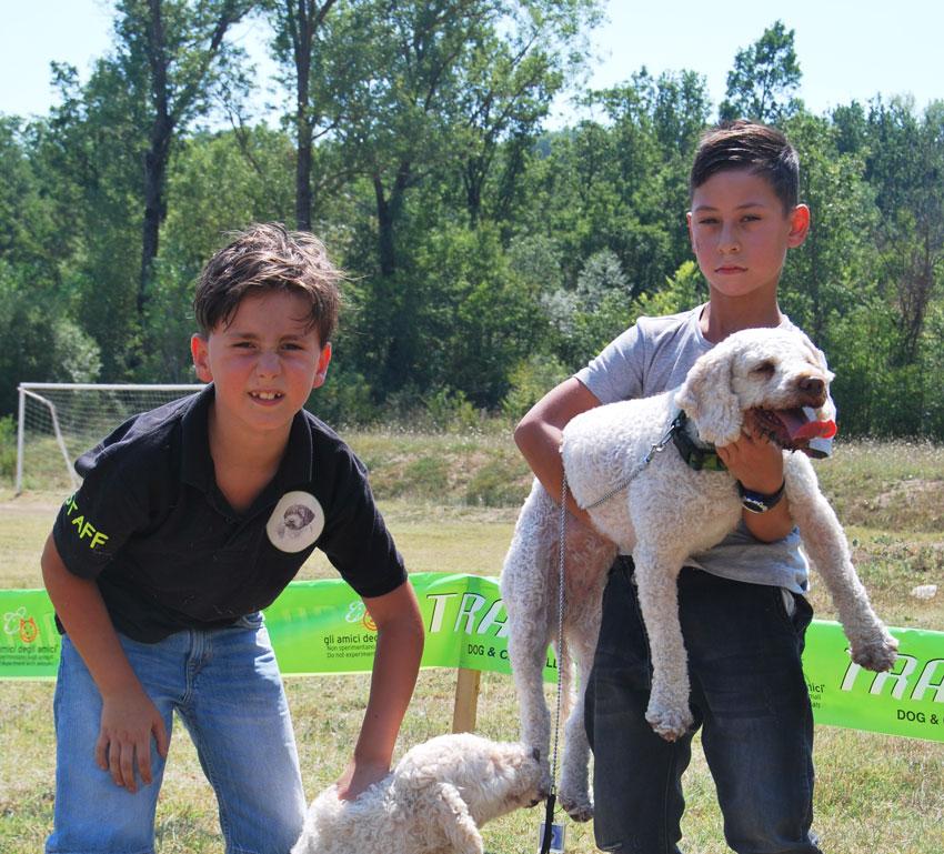 Rocchetta a Volturno: si è conclusa con successo la gara per cani da tartufo alle Sorgenti. Numerosi i partecipanti con i loro amici a quattro zampe.