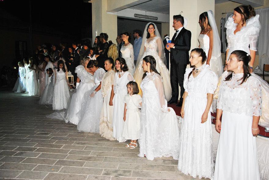 Cerro al Volturno: la Pro Loco ripropone l'ottava edizione della Sposa Cerrese nel Tempo. Grande appuntamento ai piedi del Castello.
