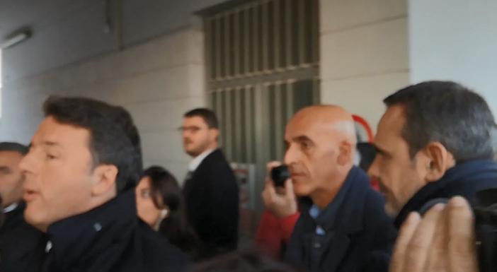"""Venafro: """"Destinazione Italia"""", destinazione contestazione, destinazione prospettiva, destinazione propaganda elettorale. Renzi è arrivato in città."""