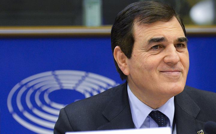 """Da Strasburgo più fondi per giovani e ricerca. Patriciello: """"Misure importanti per la Crescita""""."""