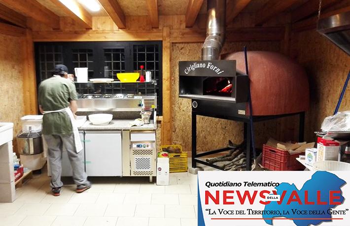 Pizzeria 9 e ¾ grandi novità per la stagione estiva. Il locale di Andrea Tomassone pronto ad offrire intrattenimento e molto antro ancora ai suoi clienti.
