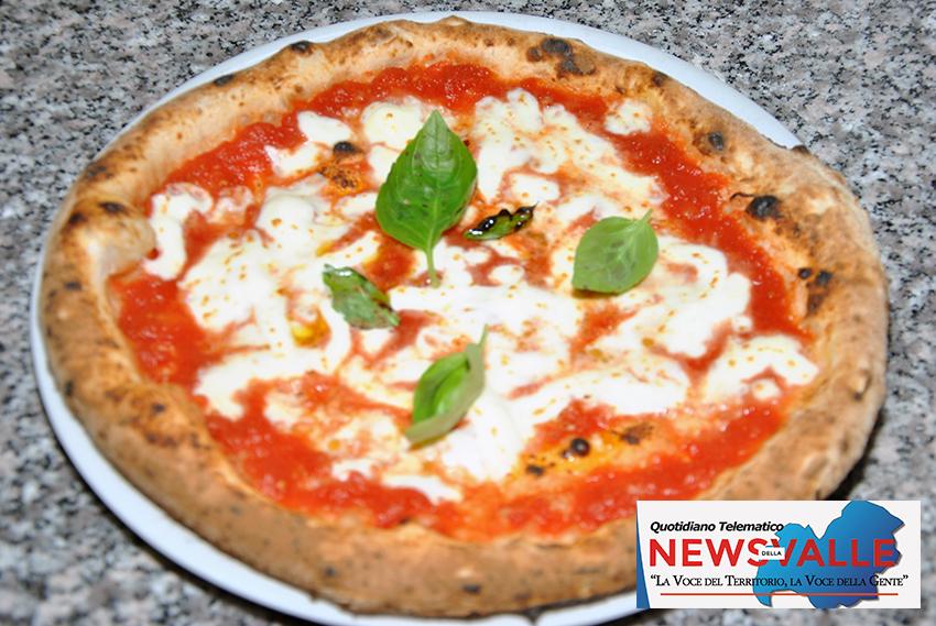 A NAPUL'E' rivive il sapore della vera pizza napoletana. Prodotti tipici dell'area campana e il fritto napoletano tutti da assaporare.