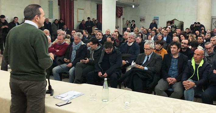 I sindaci lanciano il Frattura Bis. Numerosi gli amministratori di tutta la regione Molise pronti a ridare fiducia al governatore. Riunione molto partecipata nella serata di ieri.