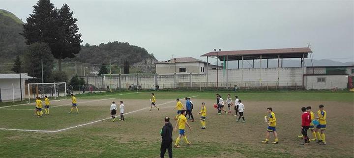 Calcio giovanile: terminano i tornei per la Boys Roccaravindola. I giovanissimi vincono contro il Vairano. Sconfitta per gli allievi. La società ringrazia i mister delle due categorie: Pitisci e Roccio.