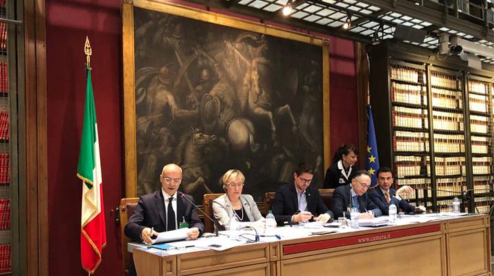 Documento DEF, Toma: «Utilizzare l'avanzo di bilancio delle Regioni per gli investimenti»