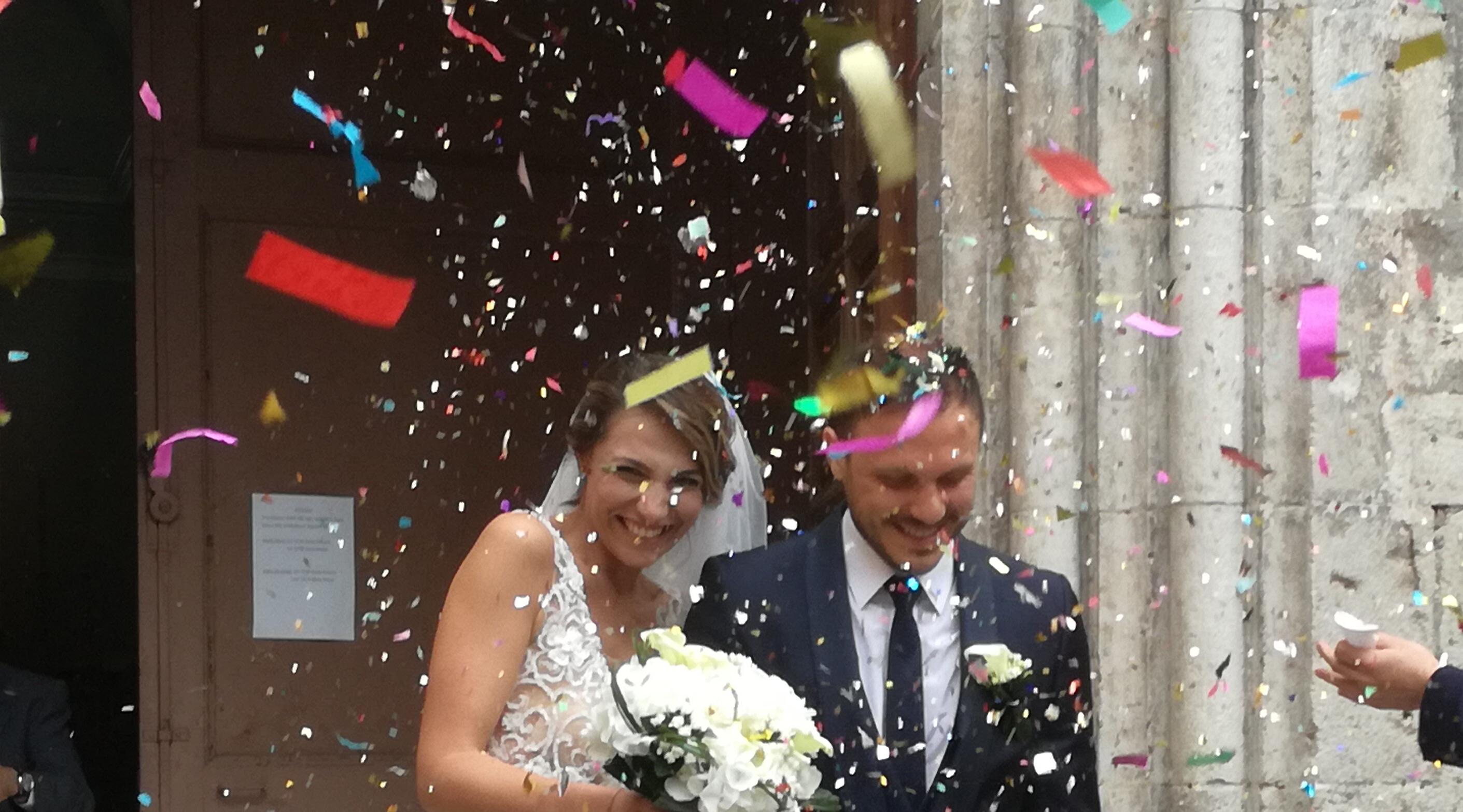 L'Angolo degli Auguri: la nostra redazione festeggia gli sposi Emilio e Francesca.