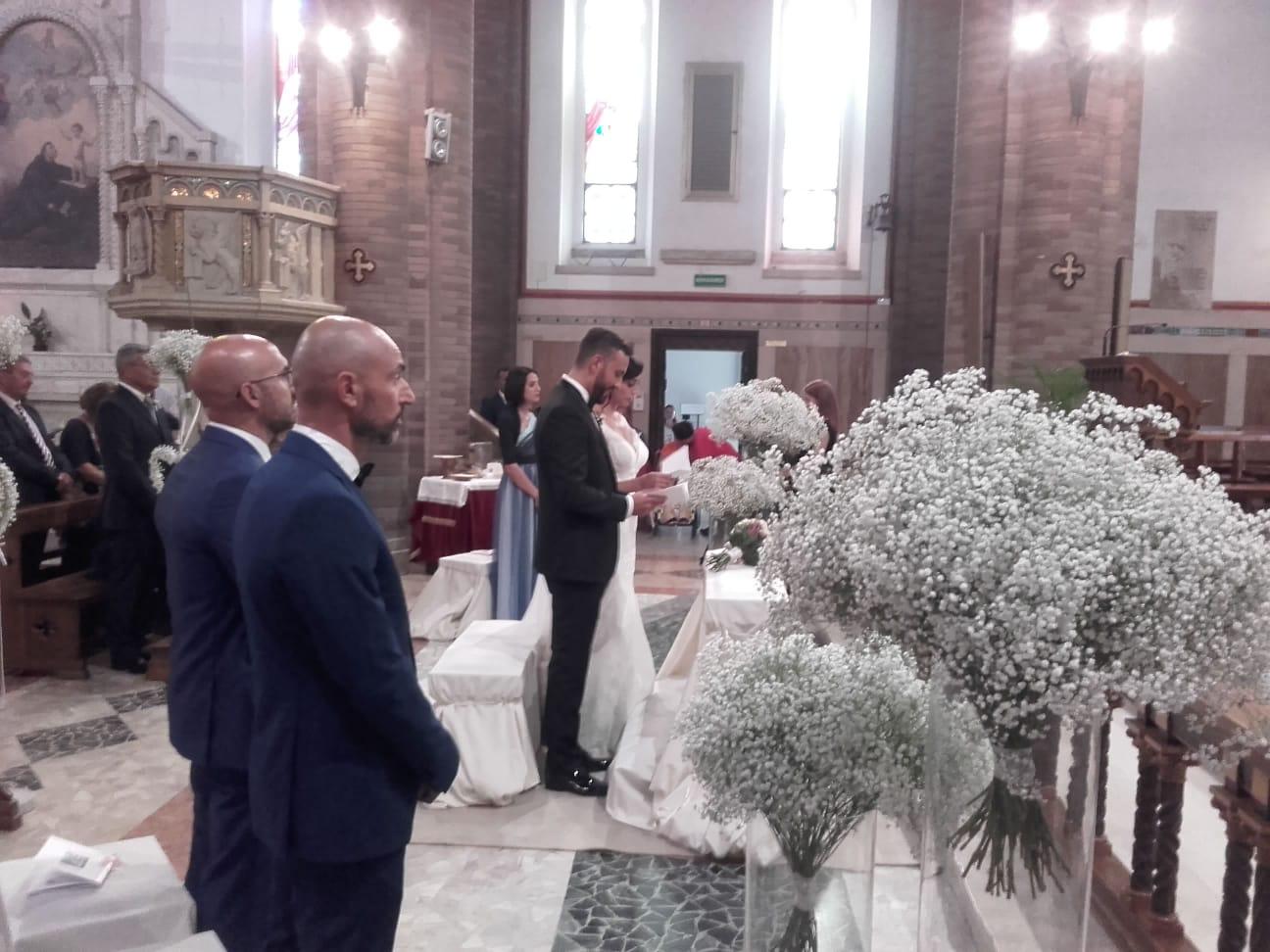 L'Angolo degli Auguri: la nostra redazione festeggia Mauro e Veronica. Ieri le loro nozze a Pescara.