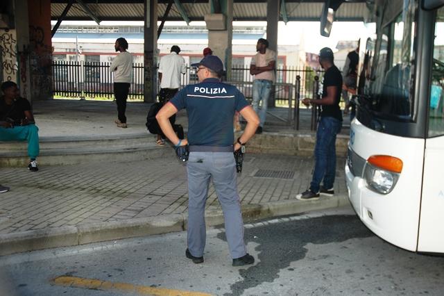 Isernia: la Polizia denuncia uno spacciatore nigeriano. Beccato presso lo scalo ferroviario.