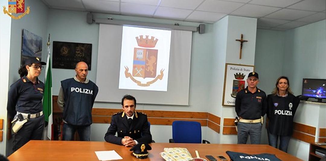 Truffa del pacco la Polizia arresta due persone.