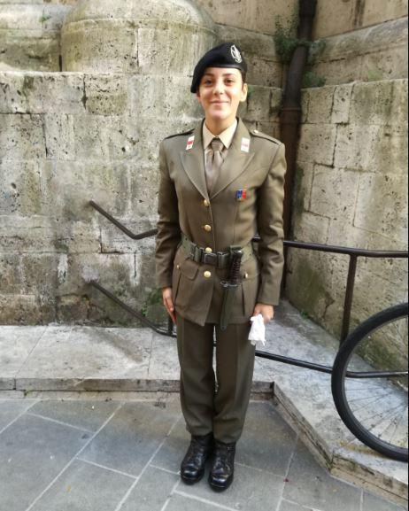 Scapoli: Beatrice Fasoli presta giuramento presso l'Esercito Italiano. Gli auguri della famiglia.