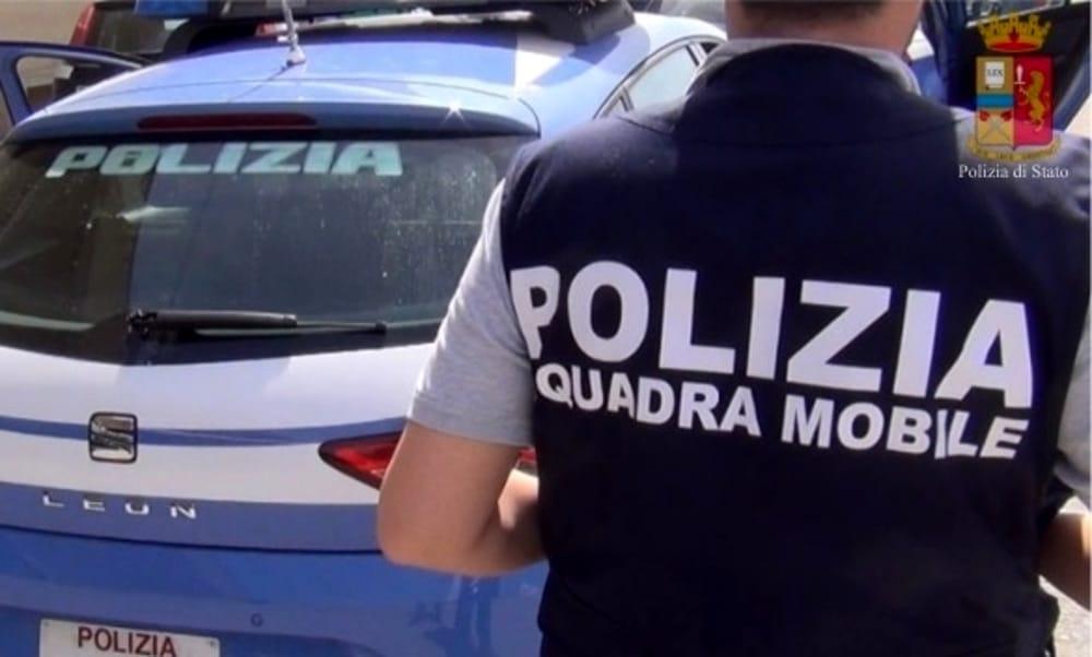 Isernia: la Polizia comunica i dettagli dell'arresto del falsario di ieri pomeriggio dopo il folle inseguimento tra Colli e Montaquila.