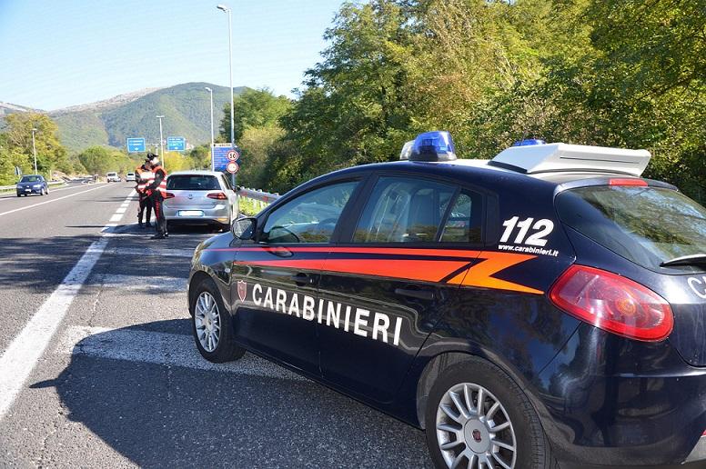 Isernia: I Carabinieri denunciano due persone per vari reati. A Pozzilli beccati due ladri di rame. Ne avevano sottratto oltre 100Kg all'interno di una nota azienda.