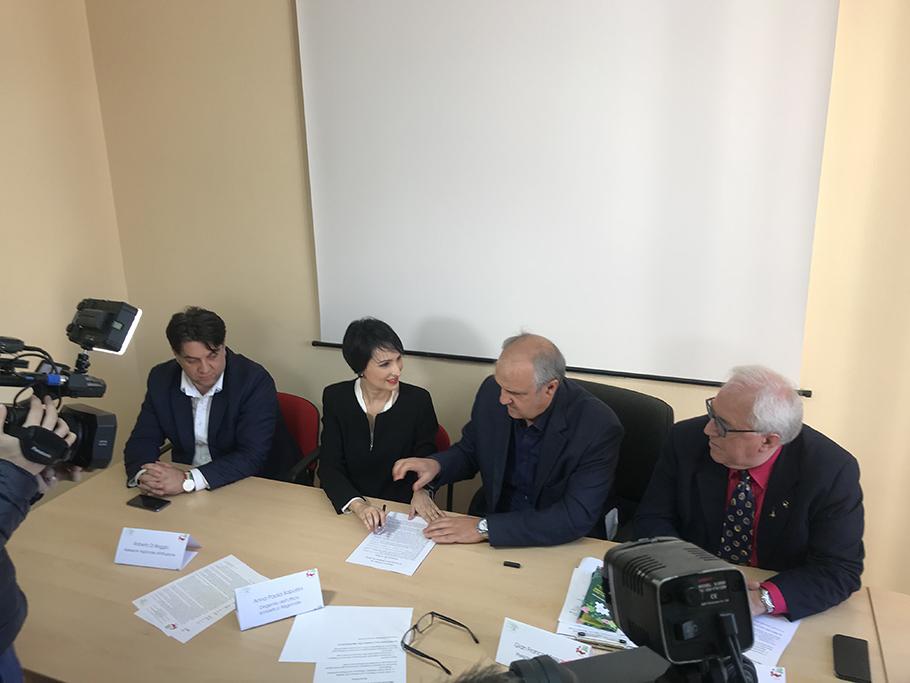 Scuola e volontariato, siglato protocollo d'intesa tra Csv Molise e USR.