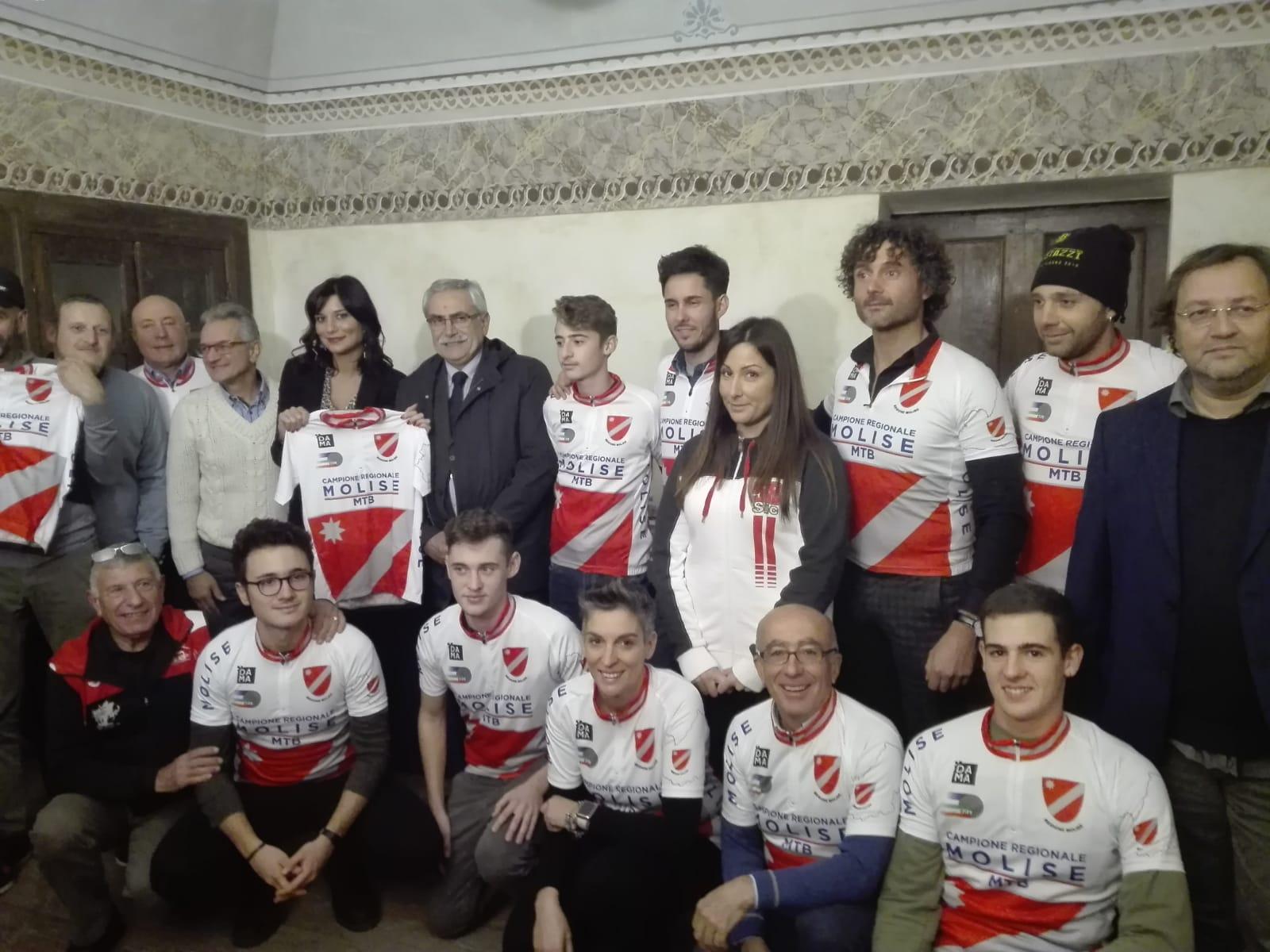 A Filignano festosa passerella per i campioni 2018 del ciclismo molisano.