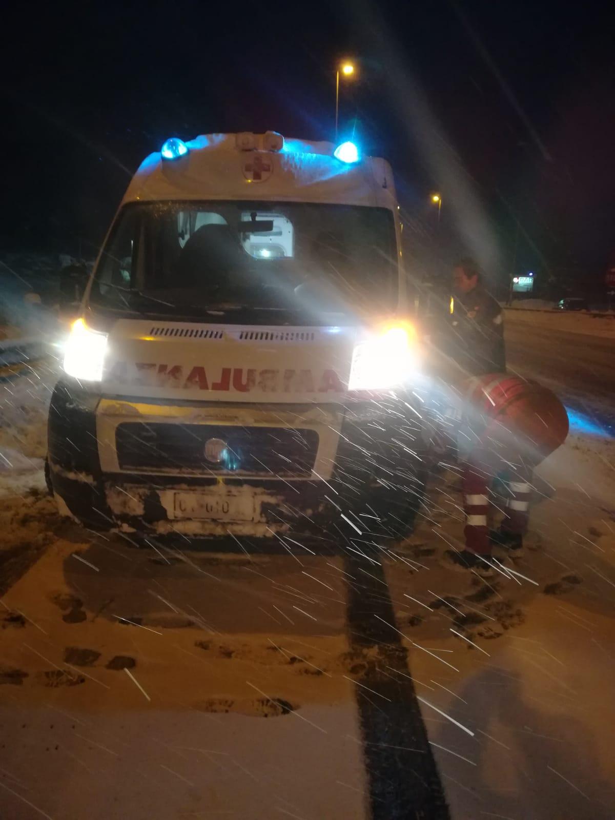 Emergenza neve, i Volontari della Croce Rossa impegnati sul territorio regionale