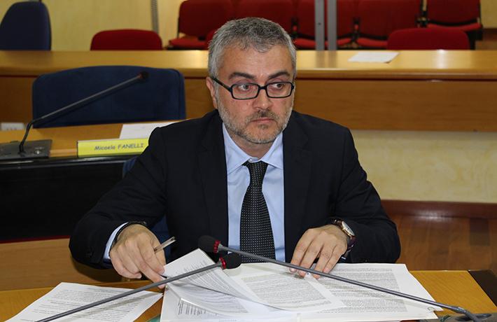 """Sistema informativo regionale, convenzione scaduta. Fabio De Chirico: (M5S): """"A rischio i servizi di pubblica utilità, anche sanitari""""."""