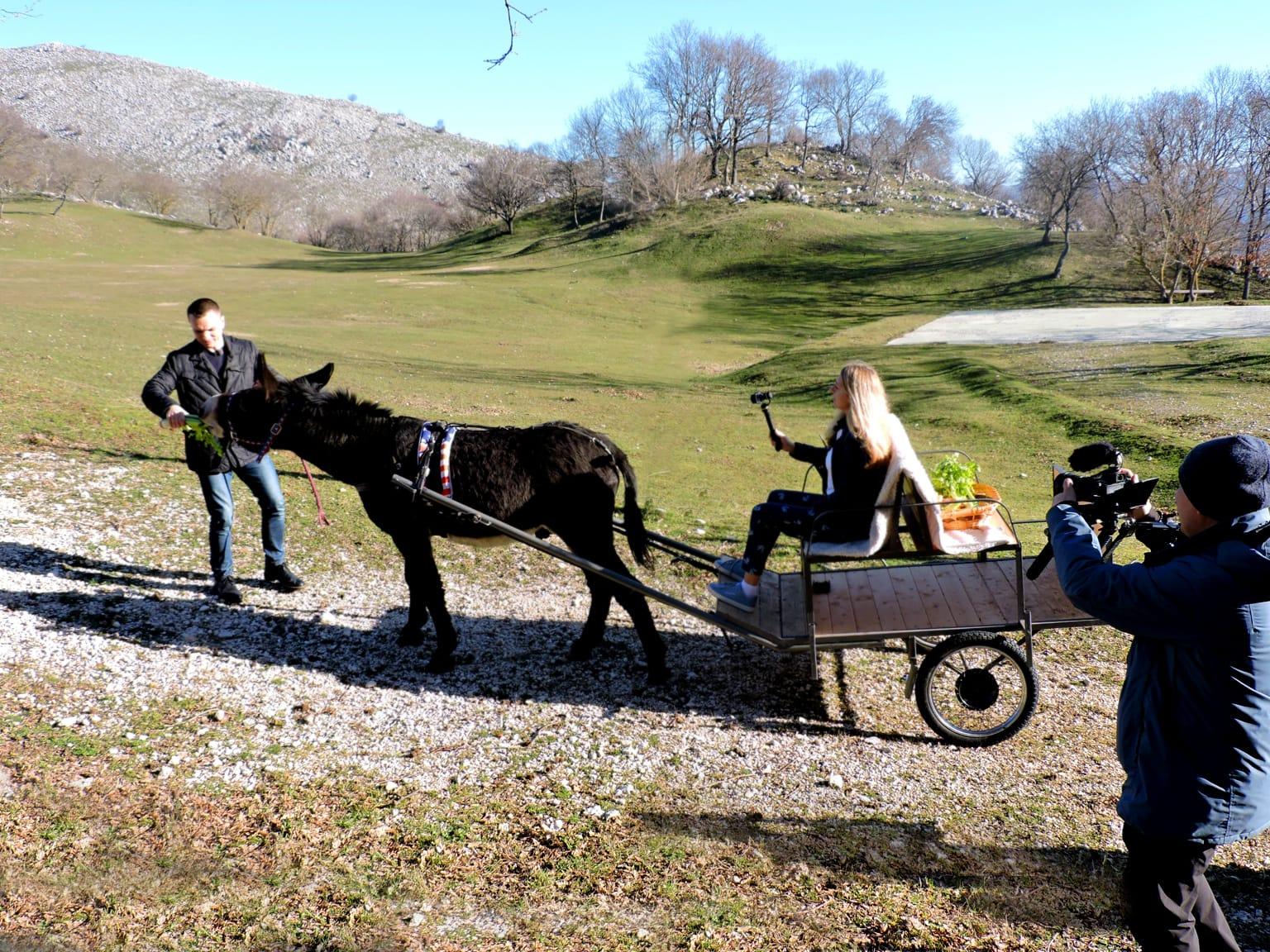 Troupe russa My Planet gira in Molise, tra le mete scelte anche il Villaggio Rurale Le Sette Querce.