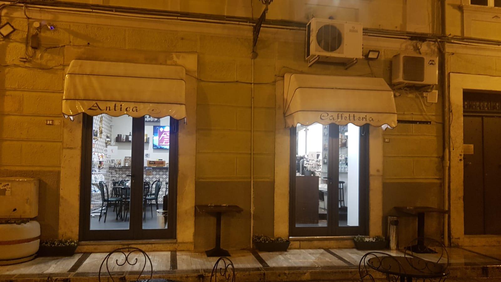 Isernia: nuova vita per il Caffè Letterario di Piazza Annunziata. Nel pieno del centro storico un locale moderno e attento ai clienti.