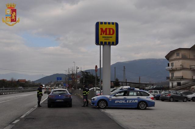Fine settimana intenso di controlli della Polizia di Stato. Utilizzate 24 pattuglie sulle arterie della provincia. Guarda il video.