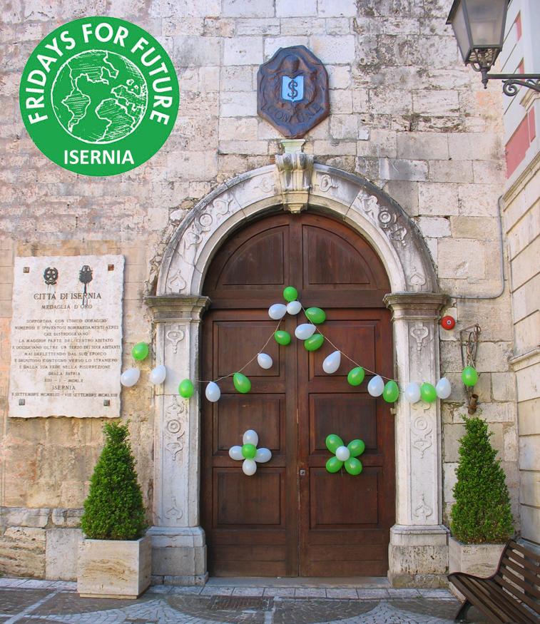 """Anche il comune di Isernia ha aderito all'iniziativa """"Fridays for Future"""". Difendere il pianeta dai cambiamenti climatici."""