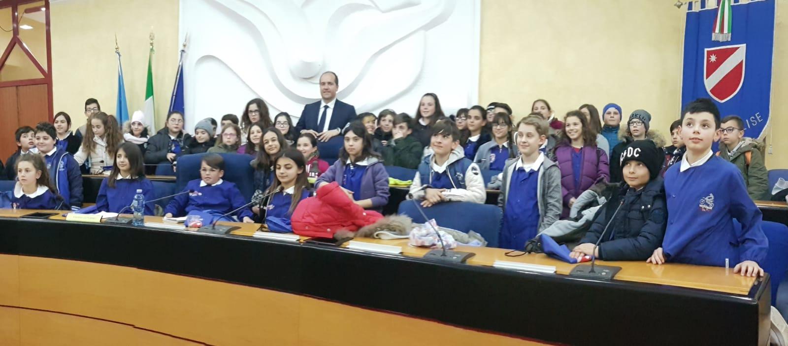 Consiglio regionale del Molise, scolaresche ospiti del presidente Micone.