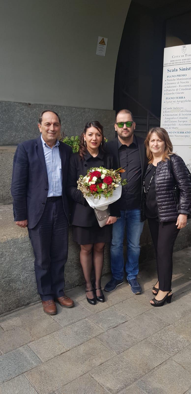 Una promessa di matrimonio molisana a Torino. Gli auguri ai neo sposi Giuseppe e Maria.