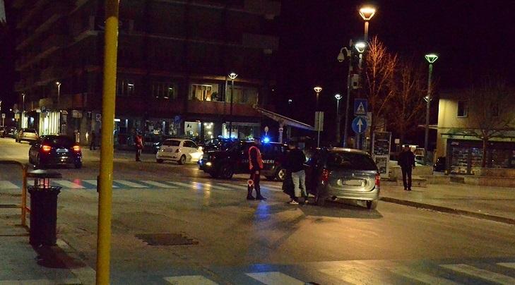 """Isernia: Attività di controllo delle """"piazze di spaccio"""" da parte dei Carabinieri.Impiegata l'unità cinofila antidroga del Nucleo di Chieti."""