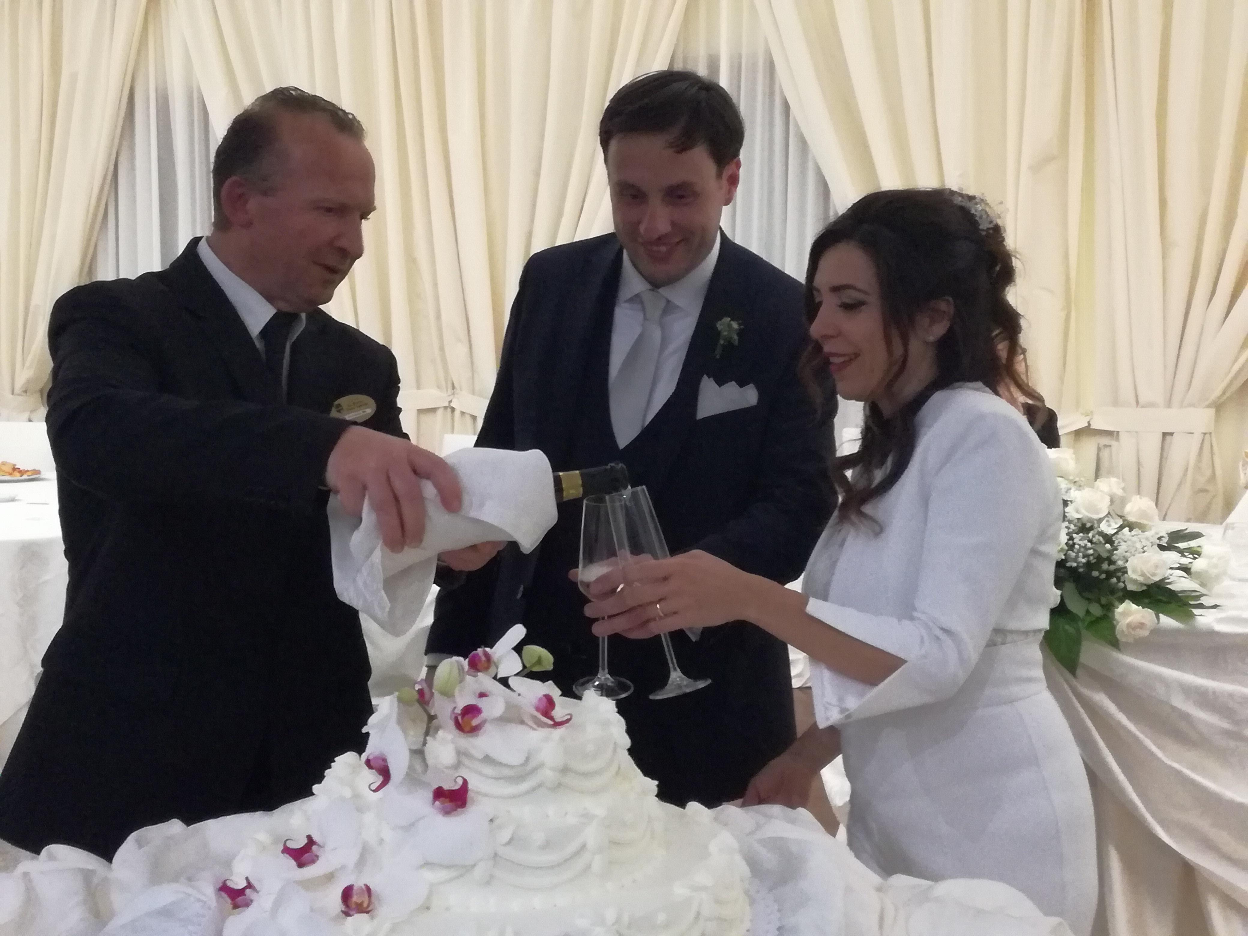 L'Angolo degli Auguri: festeggiamo le nozze di Giuseppe e Rosalba. Un matrimonio da sogno
