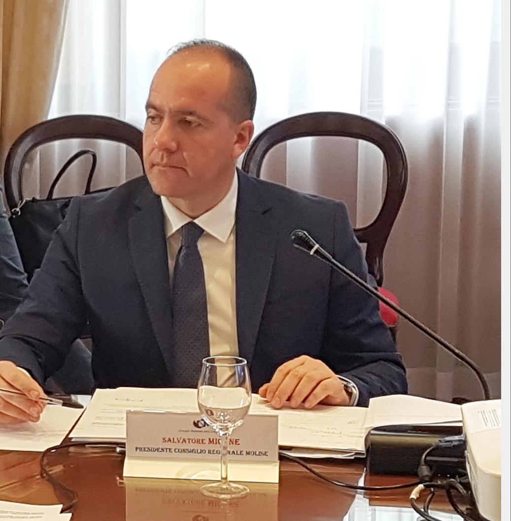 """Campobasso: il presidente del Consiglio regionale Salvatore Micone istituzionalizza il marchio """"Made in Molise""""."""