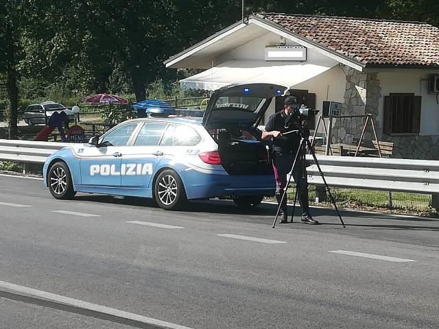 """Esodo di ferragosto, la Polizia di Isernia avvia la campagna """"Speed"""" sulle strade della provincia pentra."""